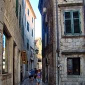 17-kotor-alleys